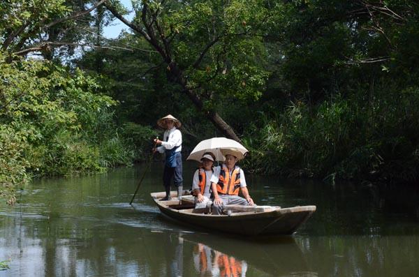 905秋季の運航が始まった板倉町の「揚舟」