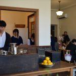 営業が始まった「パーラートチギ」のカフェ